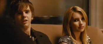 Combien de temps ont Justin long et Amanda Seyfried été datant choses à faire avant de sortir avec quelqu'un