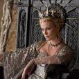 Charlize Theron dans  Blanche-Neige et le chasseur , en salles le 13 juin.
