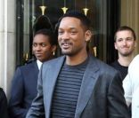 Will Smith quitte l'hôtel Georges V à Paris le 12 mai 2012