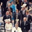 Juin 2006, 80e anniversaire de la reine en la cathédrale St Paul. A l'occasion du jubilé de diamant (60 ans de règne) de leur grand-mère la reine Elizabeth II, les princes William et Harry ont fait en 2012 quelques confidences très personnelles, pour des documents télévisés notamment.