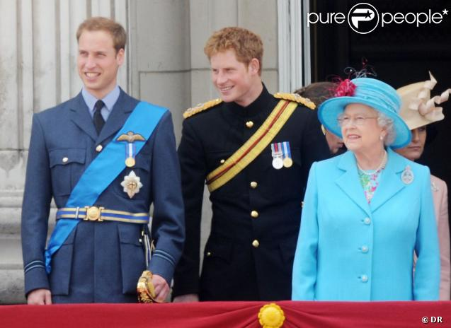 Katie Couric a interviewé les princes William et Harry sur leur grand-mère la reine Elizabeth II en 2012, année de son jubilé de diamant, pour le documentaire-portrait  The Real Queen By Her Own Royal Family . Diffusion sur la chaîne américaine ABC le 29 mai 2012.