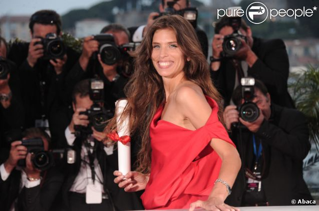 Maïwenn récompensée par le Prix du jury, en mai 2011 à Cannes.