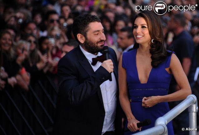 Mouloud Achour est au 65e Festival de Cannes avec le Grand Journal de Canal+. Un boulot sympa fait de rencontres plaisantes, comme le 17 mai 2012 avec Eva Longoria...