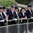 Ambiance à l'extérieur de Windsor durant le défilé. La reine Elizabeth II, avec son époux le duc d'Edimbourg, des membres de sa famille et ses invités de marque, assistait le 19 mai 2012 à Windsor à la grande parade des forces armées britanniques donnée en l'honneur de son jubilé de diamant.