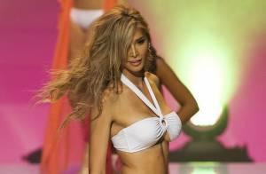 Jenna Talackova, transsexuelle à Miss Univers Canada, entre dans le top 12