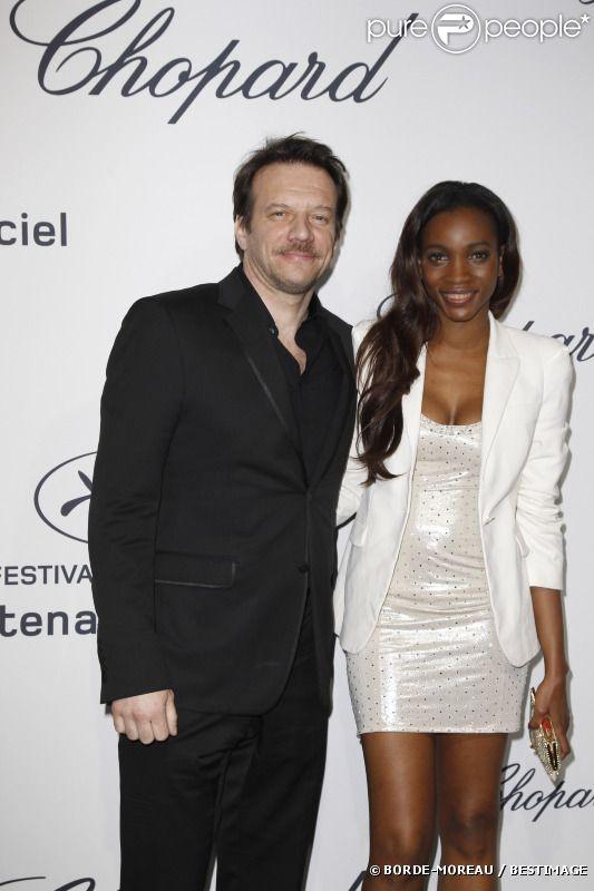 Samuel Le Bihan et sa compagne Daniela à la Chopard Mystere Party, au Festival de Cannes le 21 mai 2012.