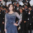 Aishwarya Rai, sublime égérie L'Oréal Paris monte les marches du Palais des festivals à Cannes. Le 25 mai 2012.