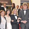 Catherine Arditi, Audrey Tautou, Anne Miller et Nathan Miller lors de la montée des marches pour la cérémonie de clôture du Festival de Cannes le 27 mai 2012
