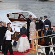 La célébration des 75 ans de Harald V de Norvège et de Sonja de Norvège le 31 mai 2012 à Oslo. La famille royale embarque pour se rendre sur le toit de l'opéra pour un spectacle en plein air.