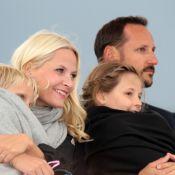Harald et Sonja de Norvège : Une fête inoubliable à ciel ouvert et en famille