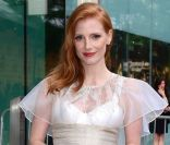 Jessica Chastain, irrésistible dans sa robe Prabal Gurung et ses chaussures Nicholas Kirkwood, assistait aux CFDA Awards 2012 au Alice Tully Hall, Lincoln Center. New York, le 4 juin 2012.
