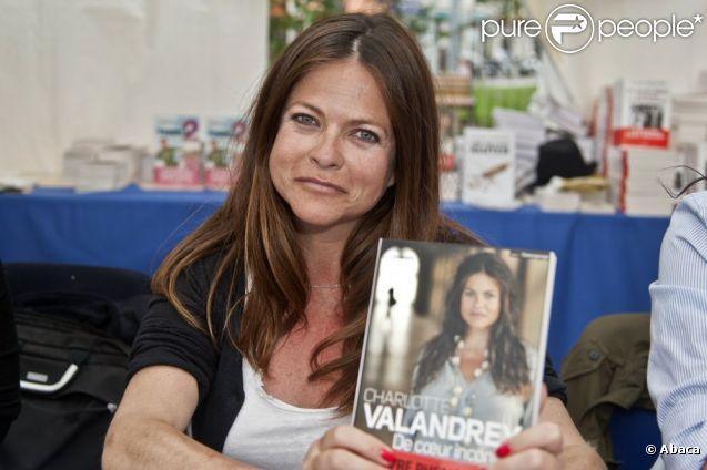Charlotte Valandrey au Festival du Livre de Nice, le 10 juin 2012.