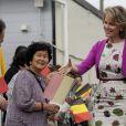 La princesse Mathilde de Belgique en visite à Sendai, au Japon, le 13 juin 2012, à la rencontre de la communauté Hiwamari et de personnes victimes du tsunami de 2011.