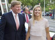 La princesse Maxima souriante pour une nouvelle soirée théâtre avec son prince