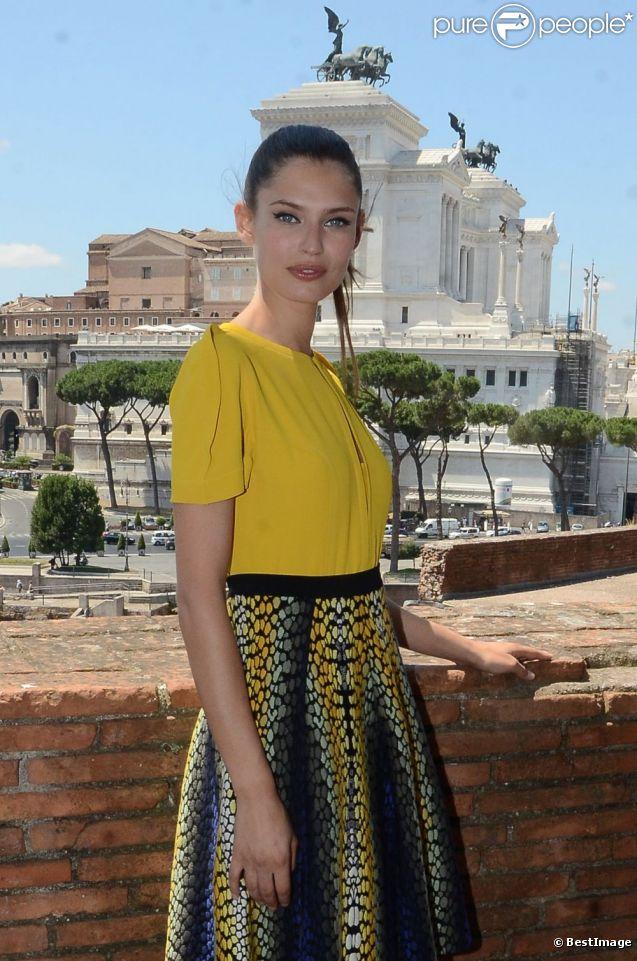 Bianca Balti à Rome pour l'inauguration de l'exposition qui lui est dédiée jusqu'au 2 septembre 2012. Le 6 juillet 2012