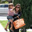 Kourtney Kardashian et son fils Mason en balade à Los Angeles, le 30 juin 2012.