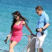 Eric Besson et Yasmine rayonnants d'amour dans l'azur de Saint-Tropez