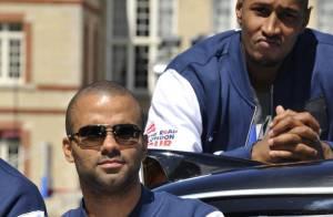 Tony Parker : Avec ses amis de l'Equipe de France, un délire avant les JO