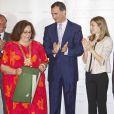Felipe et Letizia d'Espagne étaient le 16 juillet 2012 au Sénat, à Madrid, pour le dîner de remise du Prix Luis Carandell du journalisme parlementaire, attribué pour sa 8e édition à Rocío Antoñanzas de Toledo, journaliste politique de l'agence EFE.
