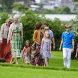 La famille royale danoise s'est rassemblée comme tous les ans devant la presse lors de ses vacances d'été, le 20 juillet 2012, pour quelques photos de famille dans les jardins du palais de Grasten, dans le Jutland.   Cette année, la princesse Benedikte s'est jointe, avec sa fille la princesse Alexandra et ses enfants le comte Friedrich et la comtesse Ingrid, à la reine Margrethe, le prince Henrik, le prince Frederik et la princesse Mary avec trois de leurs quatre enfants - Christian, Isabella et Vincent, Josephine étant malade.