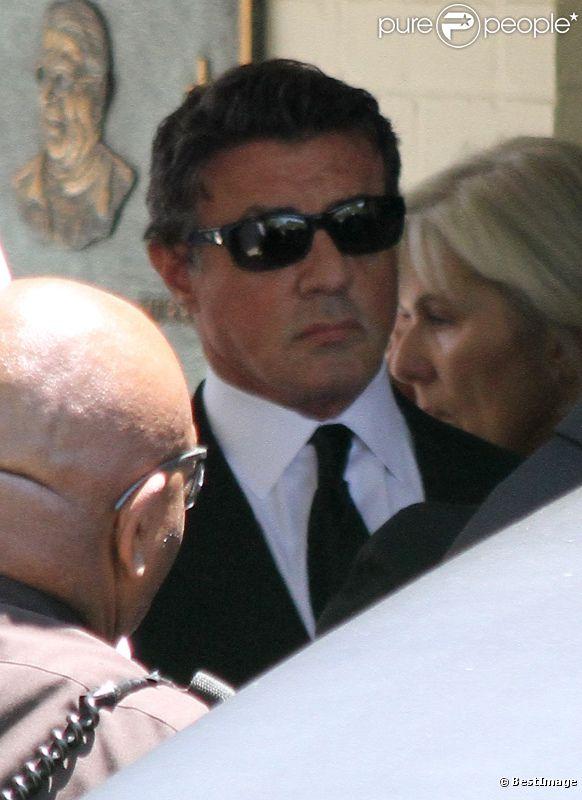 Sylvester Stallone aux obsèques de son fils Sage Stallone, mort à l'âge de 36 ans, le samedi 21 juillet 2012 à Brentwood.