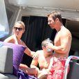 Sébastien Loeb et sa femme Séverine en vacances dans le port de Saint-Tropez le 23 juillet 2012