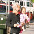 Exclu - Pink et sa fille Willow à Los Angeles, le 8 août 2012.
