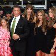 Sylvester Stallone, sa femme Jennifer Flavin et leurs filles Sophia, Sistine et Scarlett lors de l'avant-première à Londres du film Expendables 2 le 13 août 2012