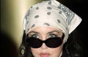 Isabelle Adjani : son album avec Obispo restera au fond de la piscine !