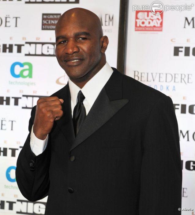Evander Holyfield lors de la Muhammad Ali Celebrity Fight Night à Phoenix le 24 mars 2012