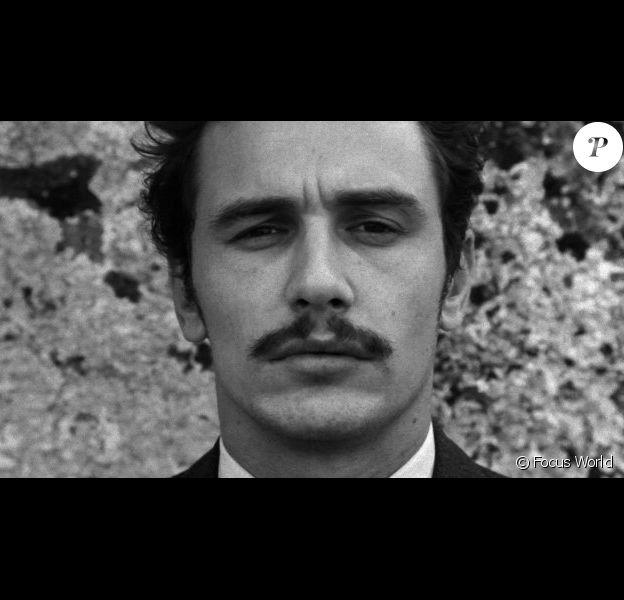 James Franco dans The Broken Tower (2011).