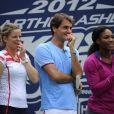 Roger Federer, Serena Williams et Kim Clijsters lors du 17e Arthur Ashe Kids' Day au USTA Billie Jean King National Tennis Center in Flushing Meadows à New York le 26 août 2012