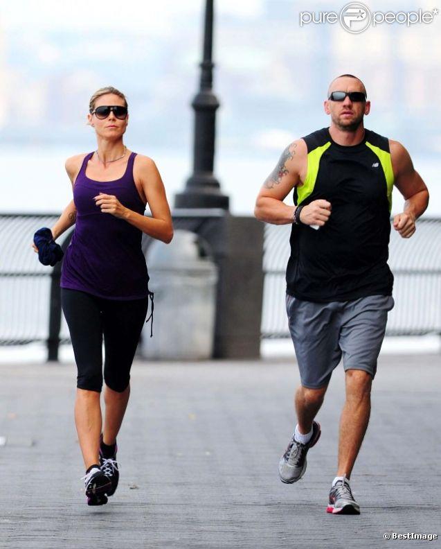 Heidi Klum et son bodyguard à New York en août 2012