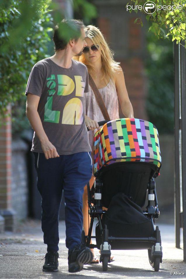 Matthew Bellamy et Kate Hudson profitent des derniers jours de l'été avec leur fils Bingham à Londres le 3 septembre 2012