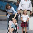Sofia Copopla et ses filles Romy, 2 ans, et Cosima, 5 ans et demi, à New York le 7 septembre 2012
