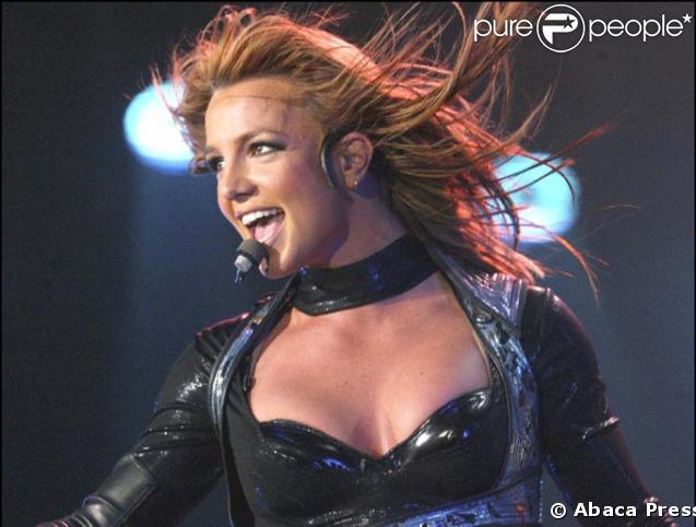 Britney Spears en concert en 2004