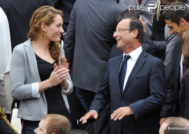 François Hollande et Camille Muffat (natation) - Réception à l'Elysée des médaillés olympiques et paralympiques de Londres, le 17 septembre 2012.