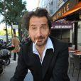 Edouard Baer à l'avant-première du film  Astérix et Obélix : Au service de sa Majesté  à Paris, le 30 septembre 2012.