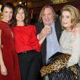 Gérard Depardieu, Valérie Lemercier, Catherine Deneuve et Charlotte Le Bon à l'avant-première du film  Astérix et Obélix : Au service de sa Majesté  à Paris, le 30 septembre 2012.