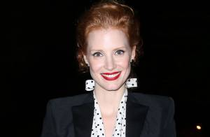 Fashion Week : Jessica Chastain, ravissante pour Saint Laurent et Hedi Slimane