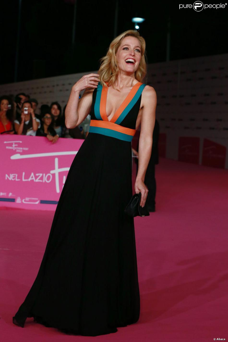 Anderson Gillian Nue gillian anderson : resplendissante et primée au festival de