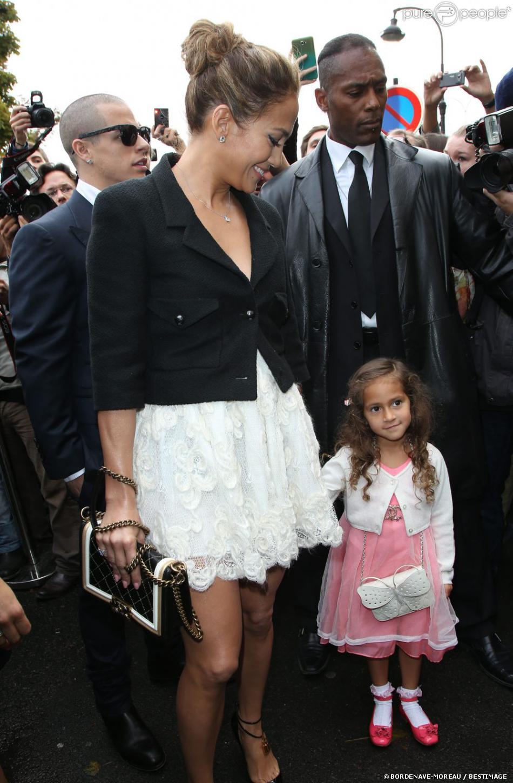 Jennifer lopez la tenue 2000 euros de sa fille emme - Maison de jennifer lopez ...