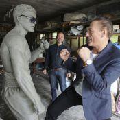 Jean-Claude Van Damme : Très fier d'une statue de bronze à son effigie