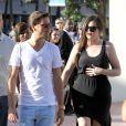 Khloé Kardashian et Scott Disick en pleine séance shopping à Miami, le 15 octobre 2012.