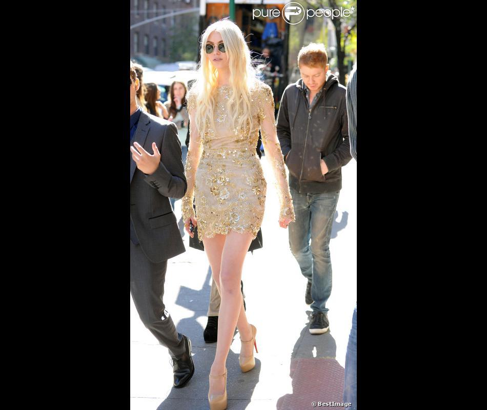 Taylor Momsen sur le tournage de la série Gossip Girl à New York, le 16 octobre 2012