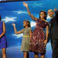 Barack Obama, sa femme Michelle et leurs filles Sasha et Malia lors de la convention nationale démocrate au Times Warner Cable Arena de Charlotte le 6 septembre 2012