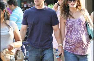 PHOTOS : Mark Wahlberg et sa jolie compagne enceinte !