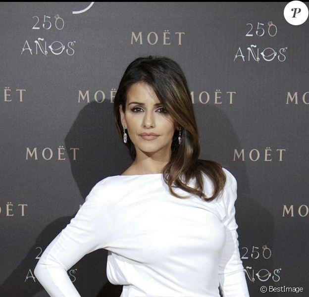 Monica Cruz lors du 250e anniversaire de Moët & Chandon à Madrid, le 14 décembre 2011.