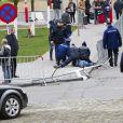 Huit membres du mouvement nationaliste belge SNV ont semé le trouble lors de la Fête du Roi à Bruxelles le 15 novembre 2012, au moment de l'arrivée de la famille royale. Ils ont été rapidement appréhendés.