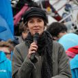 Melissa Theuriau ravissante et engagée pour l'opération Poussettes vides au profil de l'Unicef à Paris dans les jardins du Trocadéro le 18 novembre 2012